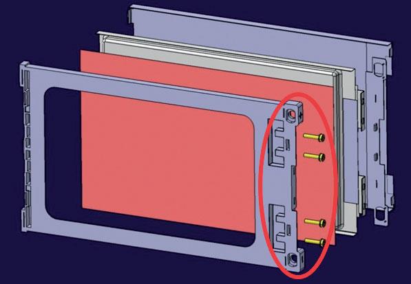 10. Esploso di un porta-cella con cella e sistema di raffreddamento. Cerchiata di rosso la zona del porta-cella interessata maggiormente dall'incremento di calore; questa zona deve rimanere rigida.
