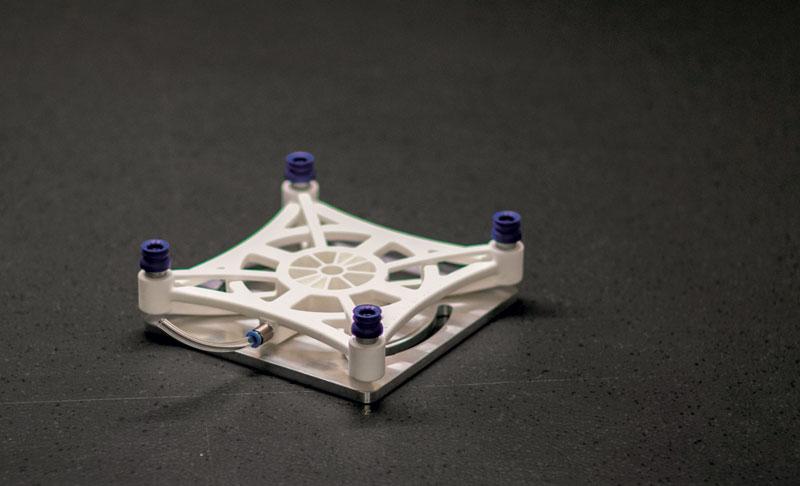 Pinza realizzata grazie alla stampa 3D.
