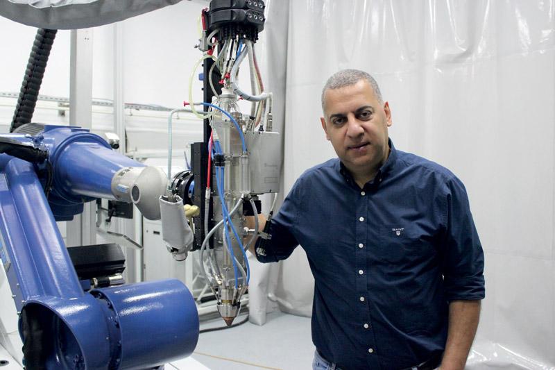"""Salih Ersungur, amministratore delegato di Bilsing Automation Tic. Ltd. Sti, Bursa, Turchia: """"Dato che abbiamo tagliato con successo con il laser per sei anni, ora dobbiamo salire a bordo di EHLA. Sembra il futuro - visto che ha già un certo slancio - e noi ci crediamo fortemente""""."""