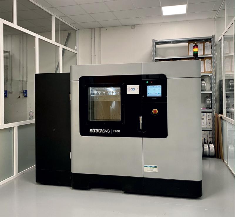 La stampante 3D F900 di Stratasys consentirà a 3DnA di espandere la capacità produttiva e di soddisfare le esigenze di nuovi mercati nel settore dei trasporti.