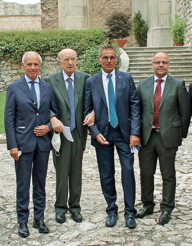 Da sinistra: Paolo Scudieri (ANFIA), Ciriaco De Mita (Sindaco di Nusco), Valerio Gruppioni (Sira Industrie), Luigi Mattina (Bohai Trimet) durante la presentazione della joint venture SAI il 2 settembre 2020 a Sant'Angelo dei Lombardi (Avellino)