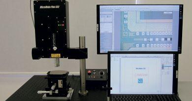 Un sistema versatile e compatto per microlavorazioni laser