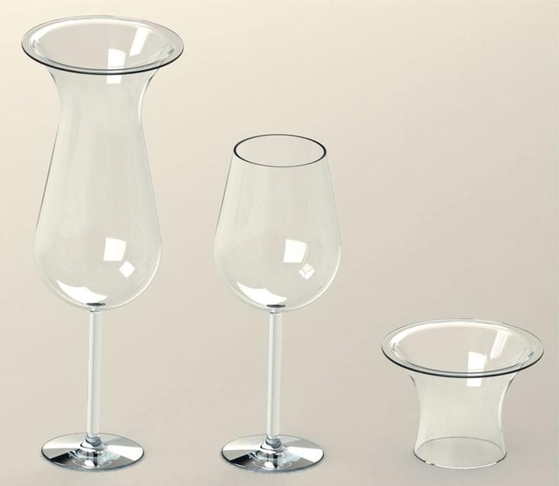 Un bicchiere da vino prima e dopo la rimozione del tappo.