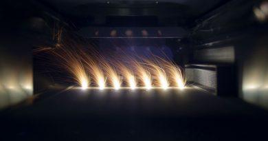Tecnologie additive per metalli tramite fascio laser: un altro esempio di fotonica al servizio di un settore industriale rilevante