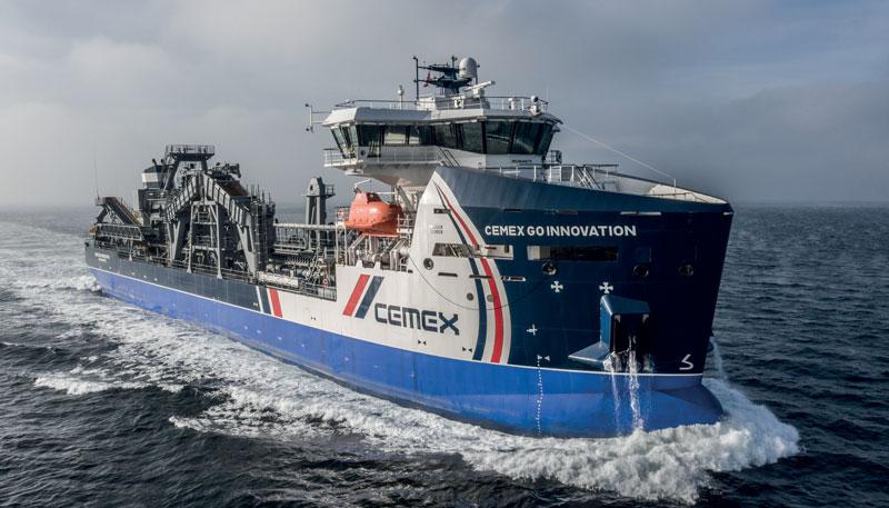 1. Marine Aggregate Dredger 3500 CEMEX GO INNOVATION - Draga per lo sfruttamento minerario dell'estrazione di sabbia e ghiaia dai fondali marini (lunghezza massima: 103,25 m; larghezza massima:16,4 m; pescaggio: 7,00 m; stazza (dwt): 6.850 tonnellate). ©DAMEN