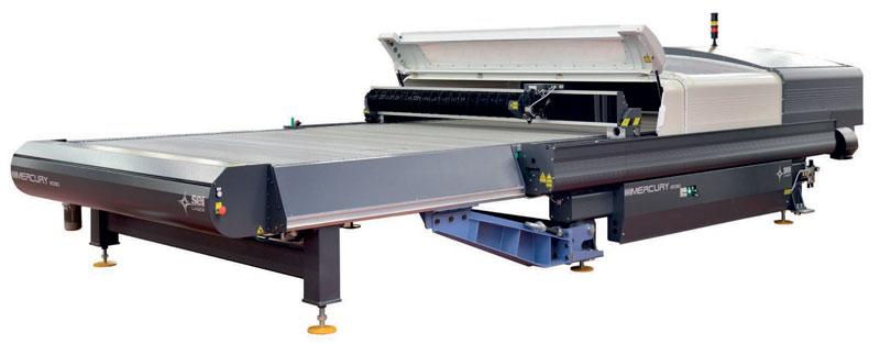 """Mercury Conveyor è il modello """"top di gamma"""" TechTextile Line di SEI Laser."""