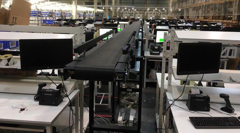 La MCP di Interroll è stata scelta come sistema di trasporto principale ed è completata da rampe progettate e prodotte da Modumaq.