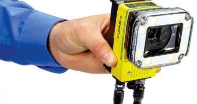 Deep Learning and IA Make a Camera Smart