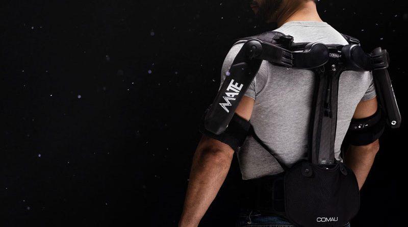MATE-XT è la nuova versione di esoscheletro indossabile lanciata da Comau.