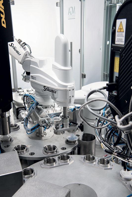 La nuova serie SCARA ha un design chiuso, che è particolarmente utile nelle applicazioni in camera bianca.