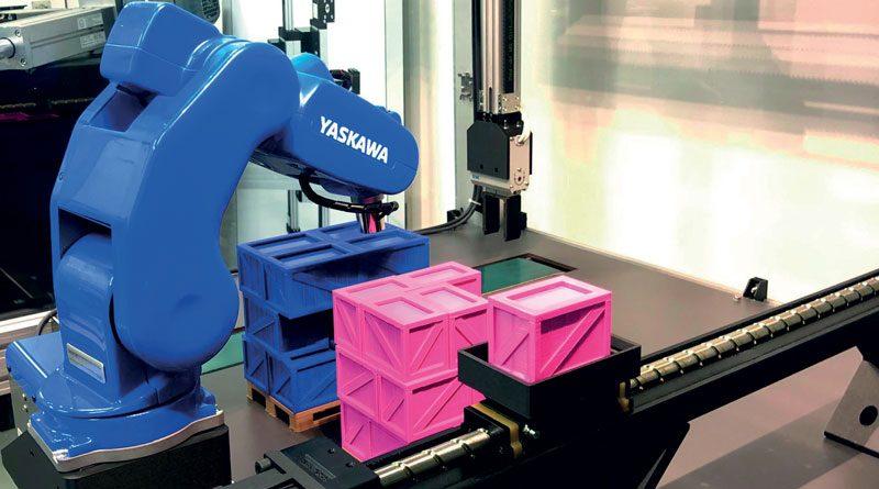 L'attuatore Monocarrier di NSK e il robot di Yaskawa lavorano all'unisono per mostrare le best practice nella movimentazione di prodotti. ©MCA