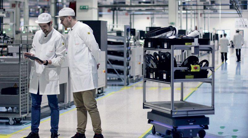 Quattro robot mobili per ottimizzare la logistica interna