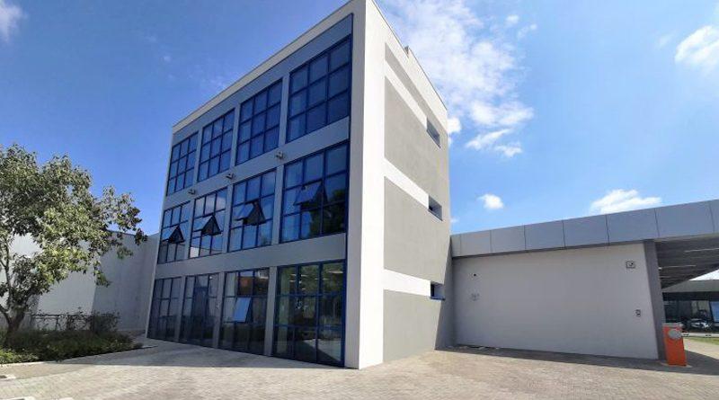 La nuova sede di K.L.A.IN.robotics è situata in via Sergio Bresciani 7, sempre a Brescia.