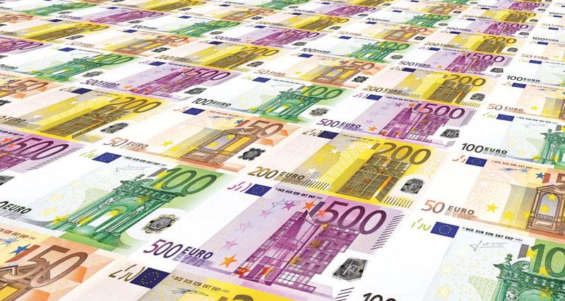 """Il decreto """"Cura Italia"""" introduce misure di sostegno economico per famiglie, lavoratori e imprese."""