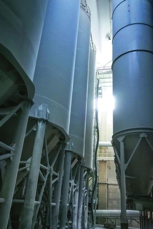 Santamargherita has silos for quartz, resin and rinsing water.