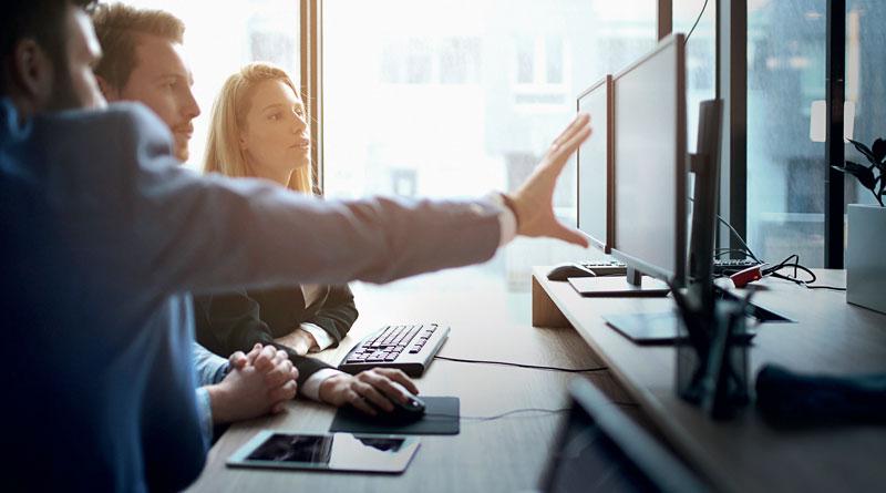 """Oltre alle figure """"specialistiche"""" (CDO e Direttore BI) è necessario diffondere verso tutti i dipendenti la consapevolezza del valore dell'informazione e dell'importanza della condivisione dei dati."""