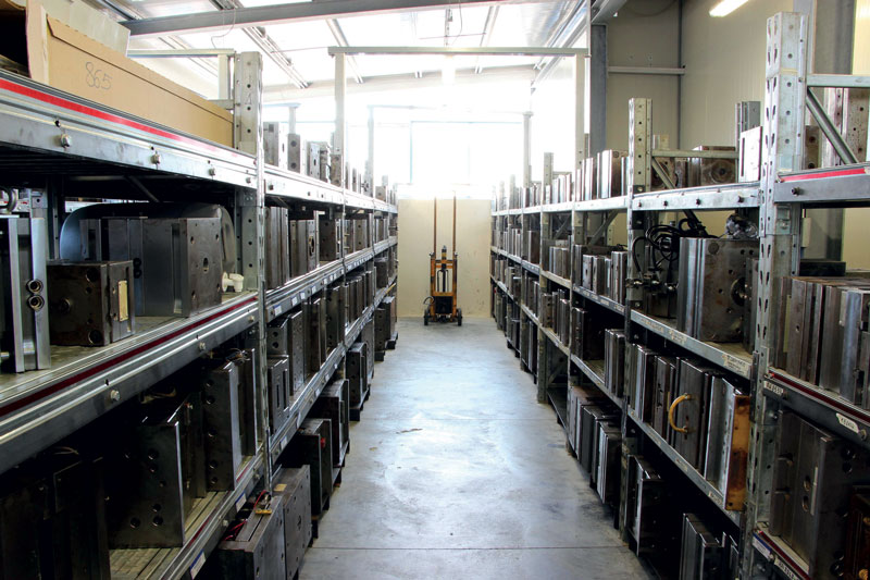 Vista del magazzino stampi.