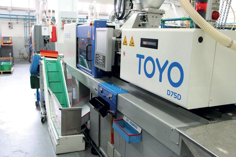 Pressa elettrica installata nel reparto produzione.