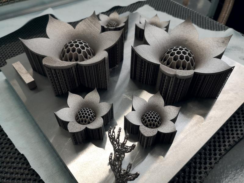 Un pezzo dimostrativo prodotto dalla stampante 3D per metallo DMP Flex 350.