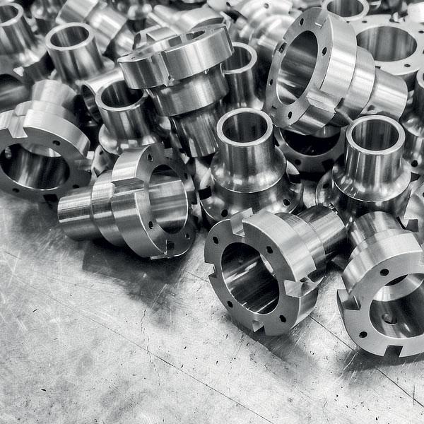 L'acciaio inox 316 viene utilizzato nelle più svariate applicazioni: dall'automotive alla costruzione di macchinari speciali, dal settore food & beverage fino alla realizzazione di parti strutturali e condutture.