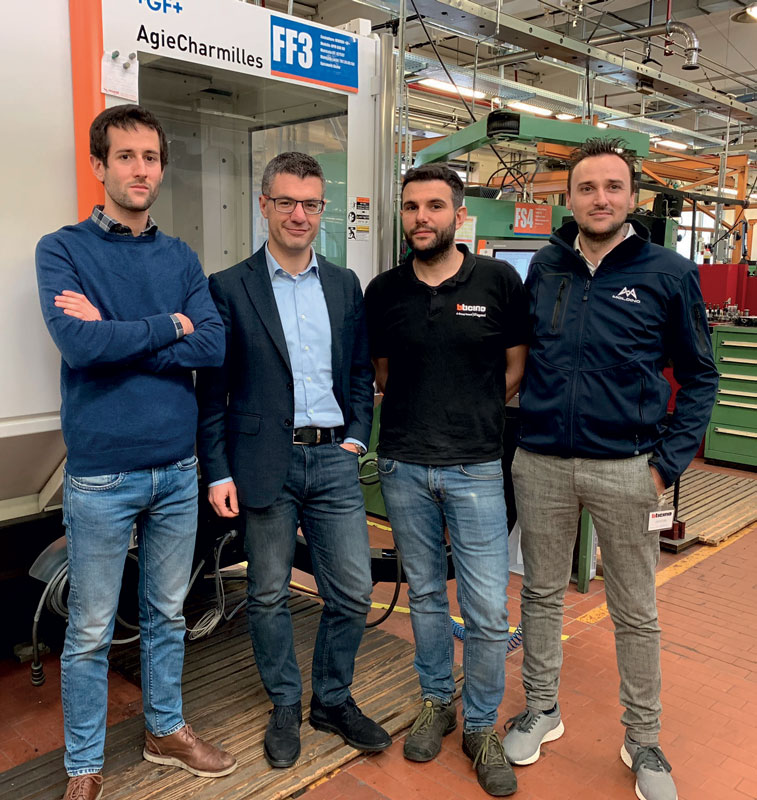 Da sinistra: Luca Fontana (Technology and Innovation Engineer BTicino), Stefano Mainini (Tool Shops Manager BTicino), Andrea Gemo (Responsabile Fresatura BTicino) e Andrea Braghetto (Process Optimizer MOLDINO).