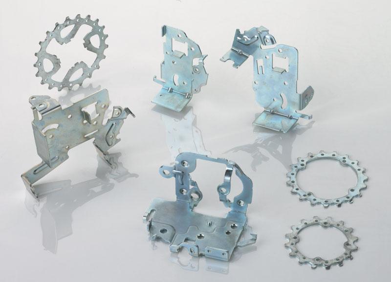 La strategia aziendale di Meclostampi è sempre stata quella di diversificare i settori di riferimento: automotive, elettrico, elettronico, medicale.