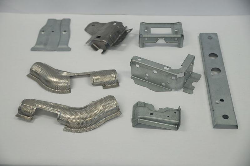 Esempi di componenti realizzati da Parolin Stampi.