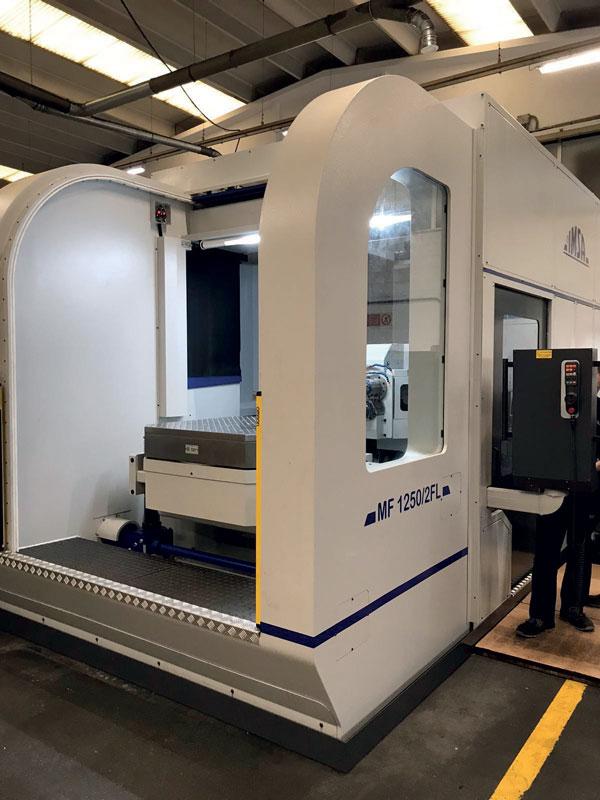 La macchina di foratura profonda e fresatura MF1250/2FL di I.M.S.A. presente in Mould Solutions.