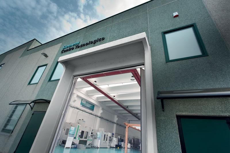 Il Technology Application Center (TAC) di Siemens a Piacenza si rinnova e diventa Digital Enterprise Experience Center (DEX).