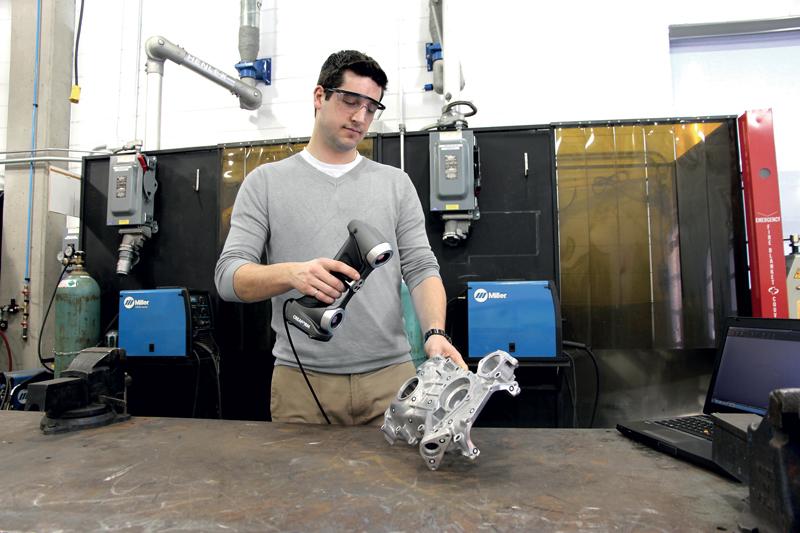 La serie SILVER consente di acquisire misurazioni 3D altamente accurate e ripetibili su superfici complesse in qualsiasi posizione.