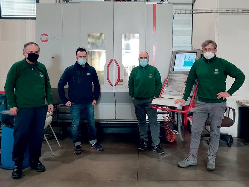 Team di progetto. Da sinistra: Paolo Carbonari, uno dei Responsabili del reparto macchine; Marco Sarnari, Process Optimizer MOLDINO; Donatello Petrini, Responsabile gestione lavori in macchina; Mirko Fiordelmondo, Responsabile CAM.