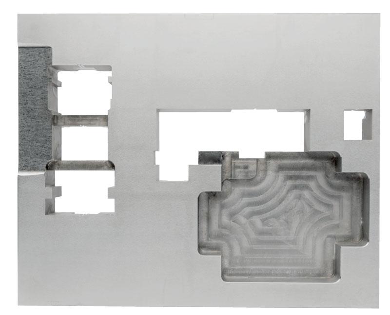 Con Spark Track GF Machining Solutions ha dimostrato come non solo la tecnologia della macchina utensile (quindi la sua parte meccanica, il software, la connettività, ecc.), ma anche il processo stesso dell'elettroerosione siano lungi dal poter essere considerati maturi.