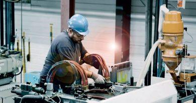 Automazione per l'industria delle materie plastiche