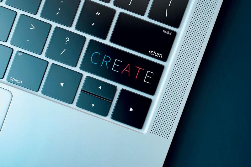 La crisi di un virus che cresce in maniera esponenziale diventa quindi un'opportunità per stimolare la creatività e il cambiamento.