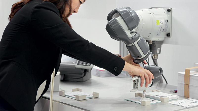 Wizard Easy Programming è studiato per consentire agli utenti di creare velocemente programmi per i robot collaborativi YuMi® a un braccio di ABB.