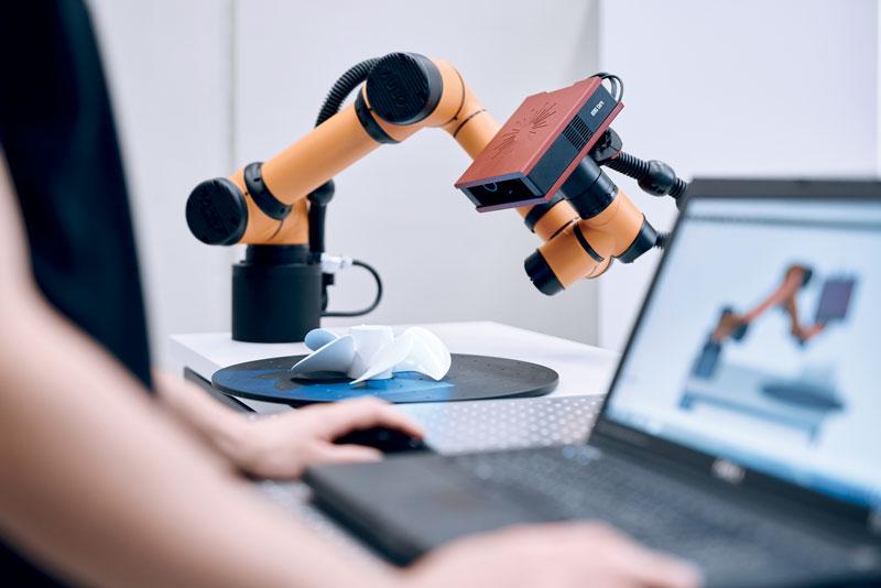 Il software GOM Inspect esegue contemporaneamente la pianificazione delle misurazioni, la digitalizzazione e l'ispezione.