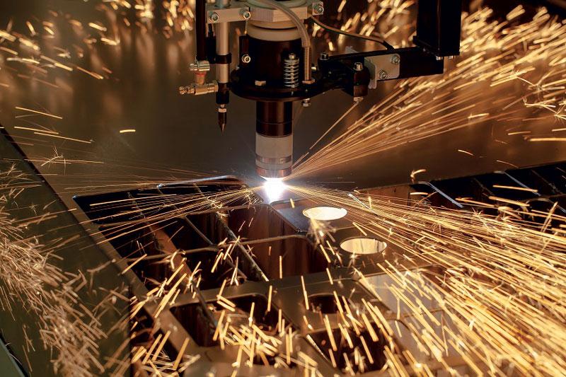 L'algoritmo ICA combina diverse misure per evitare collisioni tra la testa di taglio e i pezzi già tagliati.