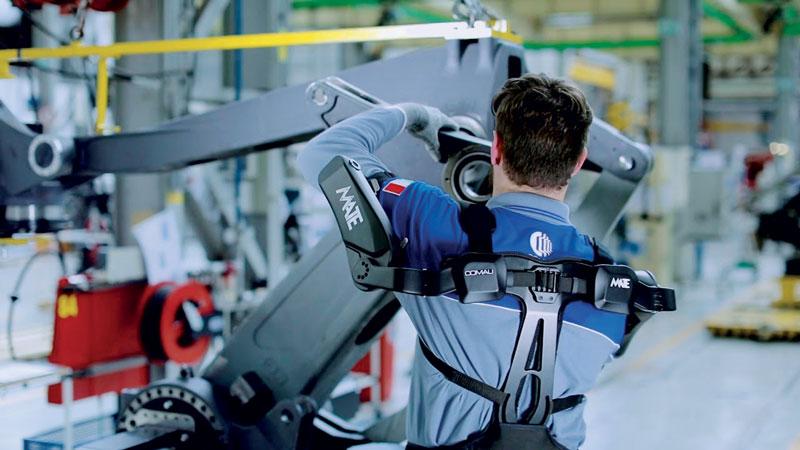 Nel 2018 sono state vendute circa 110.000 unità AGV, che sono la tecnologia cuore della robotica mobile e dei sistemi integrati di logistica; questo valore è particolarmente significativo perché copre il 40% delle unità robot cosiddetti di servizio, come esoscheletri e macchine medicali.