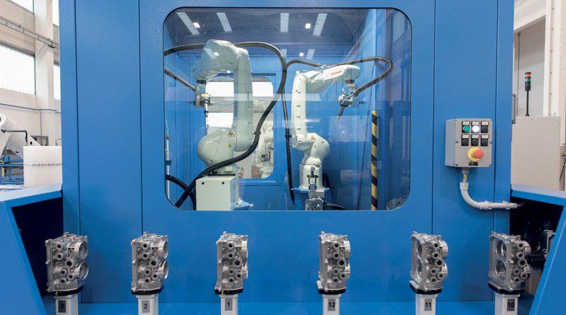 Due isole robotizzate di finitura e sbavatura per componenti auto