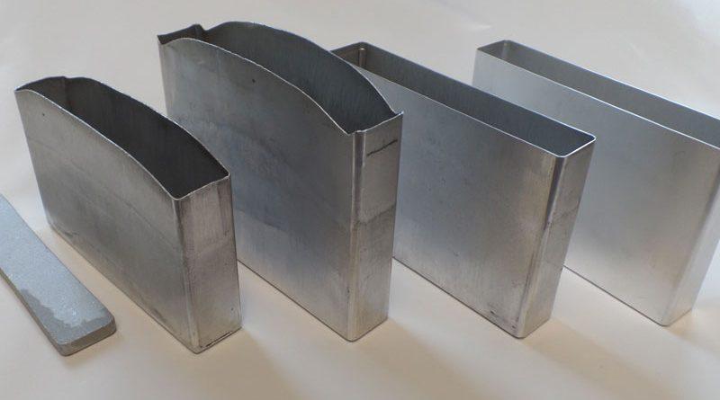 Con l'estrusione a impatto si possono realizzare fino a cinque volte più celle al minuto rispetto all'imbutitura. ©Schuler