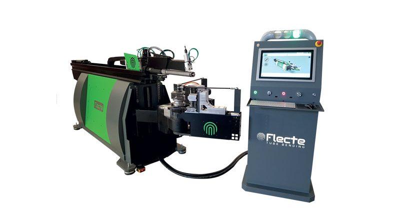 La curvatubi Flecte VEX259 a 9 assi elettrici CNC per piegatura con anima e interpolazione.