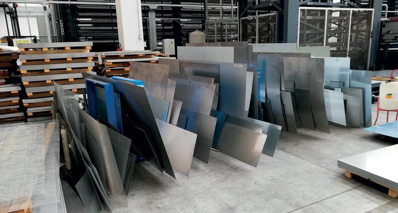 In queste pagine alcune soluzioni per stoccare gli spezzoni. Le immagini sono state realizzate presso gli stabilimenti di Roccheggiani, Tecno3FP e Tecnolaser.