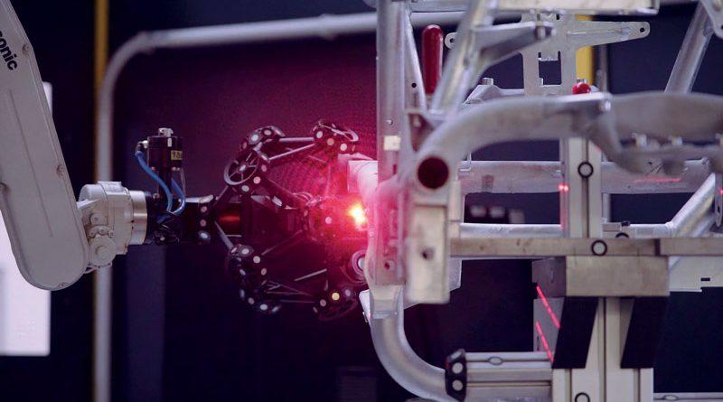 Per ogni telaio viene archiviato il rapporto di misurazione e la scansione 3D per fini di tracciabilità.