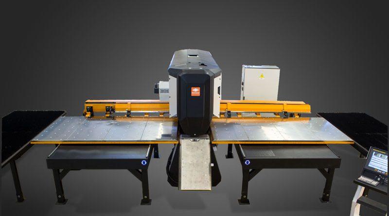 La punzonatrice Tecnumerik è tra le machine più vendute della produzione di Technology Italiana.