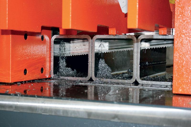 Una scelta corretta della lama e del sistema di lubrorefrigerazione apporta notevoli vantaggi alla produzione.