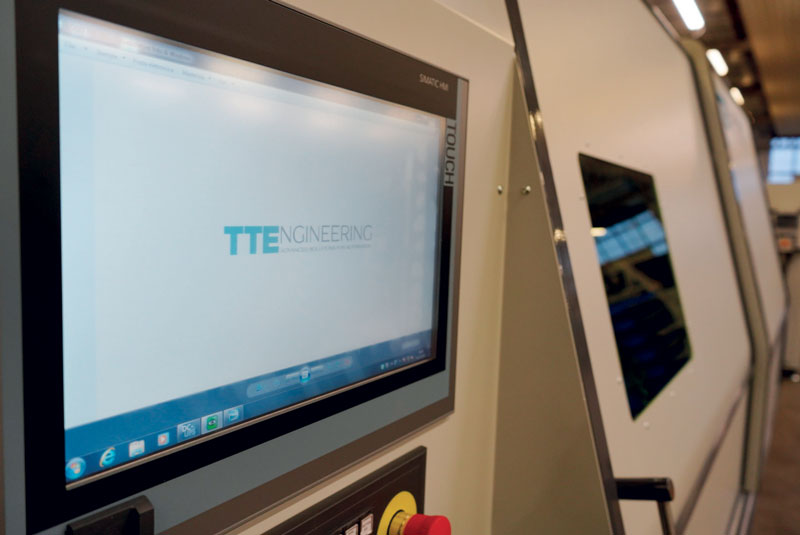 Il taglio viene realizzato in completa autonomia, sfruttando le funzionalità evolute del software di programmazione proprietario TTECUTTING®.