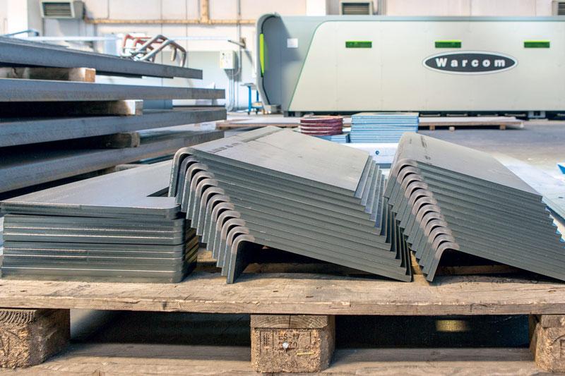 Le macchine Warcom installate presso Santarelli, in particolare il taglio laser, sono espressione concreta di quella che può essere definita la svolta smart dell'azienda.