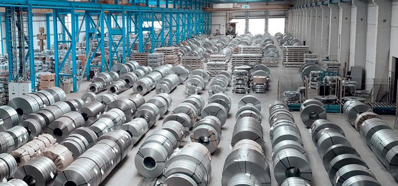Una nuova spianatrice ad alte prestazioni della Heinrich Georg Maschinenfabrik è stata messa in funzione presso il centro servizi EMW Steel.