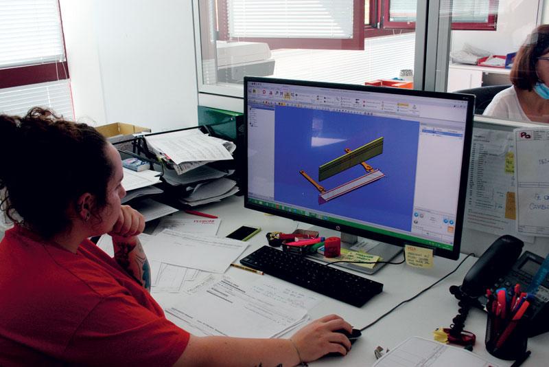 Carpenteria Paluan è a tutti gli effetti una realtà 4.0 digitalizzata in cui la programmazione da remoto parte dall'ufficio tecnico.