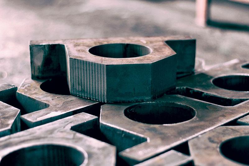"""""""Una delle aree su cui stiamo maggiormente collaborando con i nostri clienti del settore siderurgico è l'integrazione dei processi per creare una filiera solida che parta dalle esigenze dei loro clienti e arrivi fino alla consegna del prodotto"""" Bertha Bazzoffia, SAP Italia."""